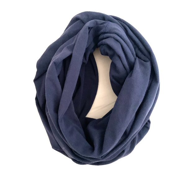 Lululemon lab circle scarf true navy